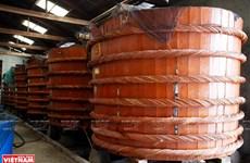 Le métier de producteur de nuoc mam à Phu Quôc reconnu patrimoine national