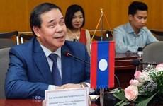 La visite du secrétaire général et président lao Thongloun Sisoulith réaffirme les liens bilatéraux