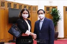 Le Premier ministre Pham Minh Chinh reçoit Mme l'ambassadeur d'Australie au Vietnam