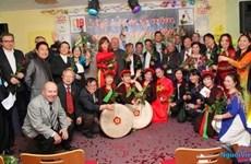 La chanson sert de pont culturelle entre le Vietnam et l'Allemagne