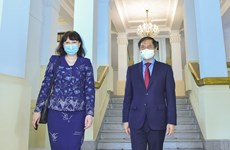 Promouvoir les relations d'amitié et de coopération Vietnam - Roumanie