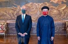 L'ambassadeur vietnamien présente la lettre de créance au Portugal