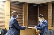 Le Botswana veut renforcer sa coopération avec le Vietnam