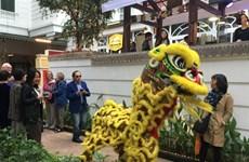 Un marché du Têt haut en couleurs à l'hôtel Métropole Hanoi