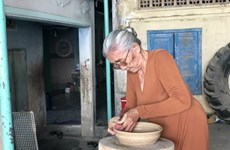L'artisane Don Thi Hiêu, gardienne de l'âme de la céramique Cham