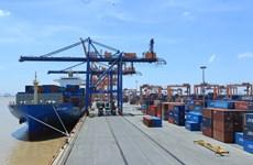 Vietnam : les exportations s'envolent, les importations ralentissent en huit mois
