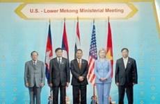 Mékong : Pham Gia Khiêm à une réunion ministérielle