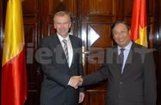 Entretien des vice-PM et ministres des AE vietnamien et belge