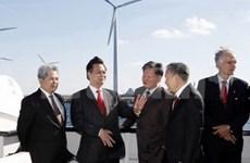 Le PM vietnamien rencontre des entrepreneurs danois