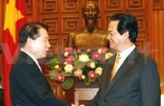 Un ministre sud-coréen reçu par les dirigeants vietnamiens