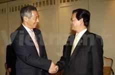 Le PM reçoit son homologue singapourien