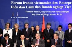 Vietnam-France: 18 accords de 9,5 mlds d'usd