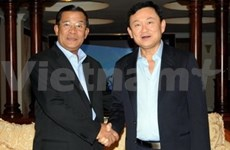 Thaksin prend ses fonctions au Cambodge
