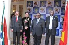Un consulat d'honneur d'Afrique du Sud à HCM-V