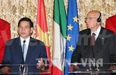Vietnam-Italie: les deux chefs d'Etat s'entretiennent à Rome