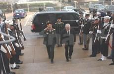 VN-Etats-Unis: coopération en matière de défense