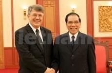 Nong Duc Manh reçoit le nouvel ambassadeur russe