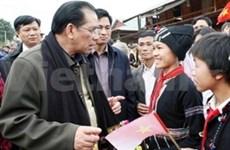 Le leader du PCV en tournée à Lai Châu