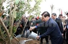 Le président lance la Fête de la plantation d'arbres