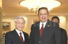 Nguyen Phu Trong reçu par le président indonésien