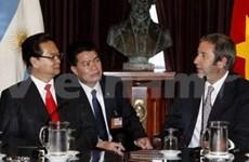 Activités du PM Nguyen Tan Dung en Argentine