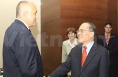 Activités du vice-PM Nguyen Sinh Hung en Bulgarie