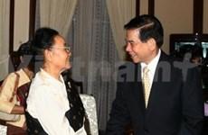 La femme du feu président laotien Kaysone Phomvihane à Hanoi