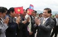 Activités du président Nguyen Minh Triet au Laos