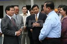 Nguyen Minh Triet termine sa visite au Laos et au Cambodge