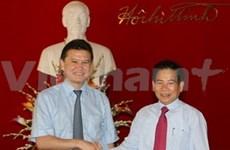Nguyên Minh Triêt reçoit le président de Kalmoukie