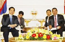 Le PM Nguyen Tan Dung entame sa visite au Cambodge