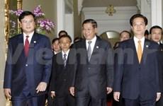 Le PM vietnamien au 6e Sommet Cambodge-Laos-Vietnam