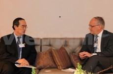 Nguyen Thien Nhan au Forum économique mondial de Davos