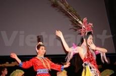 Des Vietnamiens en France fêtent le Nouvel An lunaire