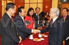 Des Viet Kieu reçus par le leader du PCV