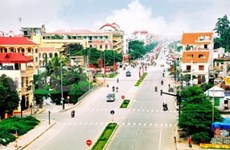 Les représentants des Vietkieu en visite à Hai Duong