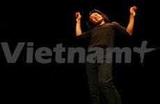 Retour d'un mime japonais au Vietnam