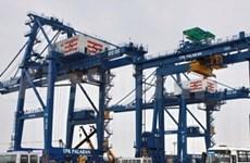 """Doosan Vina exporte sept grues """"made in Vietnam"""""""