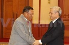 Nguyên Phu Trong reçoit une délégation du Parti du peuple cambodgien