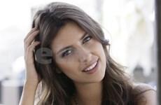 Miss Russie 2011 arrive au Vietnam