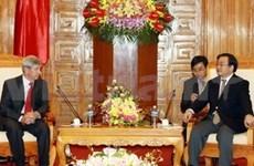 Le vice-PM Hoang Trung Hai reçoit le vice-président de la Douma