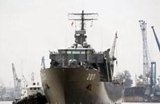 Un navire de la Marine singapourienne à HCM-Ville
