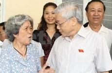 Nguyen Phu Trong à l'écoute des électeurs de Hanoi