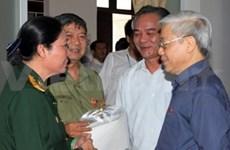 Hanoi: Nguyen Phu Trong à la rencontre d'électeurs