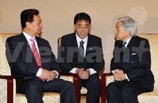 Entrevue entre PM du Vietnam et Empereur du Japon