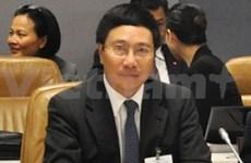 Activités du ministre Pham Binh Minh à Bali