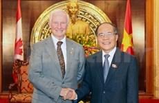 Le président de l'AN reçoit le gouverneur général du Canada