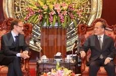 Nguyen Sinh Hung reçoit l'ambassadeur de Belgique