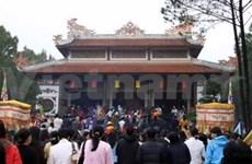 Huê : ouverture de la fête du temple de Huyen Tran