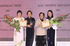 Le Prix Kovalevskaïa à deux femmes scientifiques